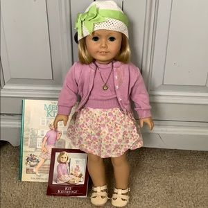 Kit American Girl Doll and Book